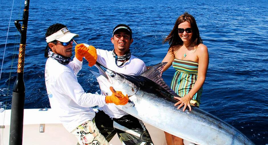 Sportfishing in quepos sportfishing costa rica fishing for Costa rica fishing season